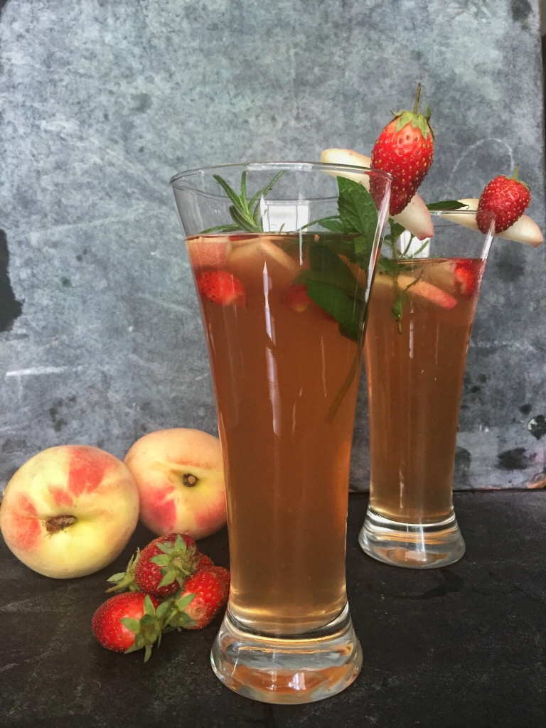 Peach Strawberry Iced Tea