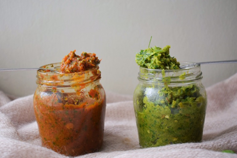 Red & Green Thai Curry Pastes